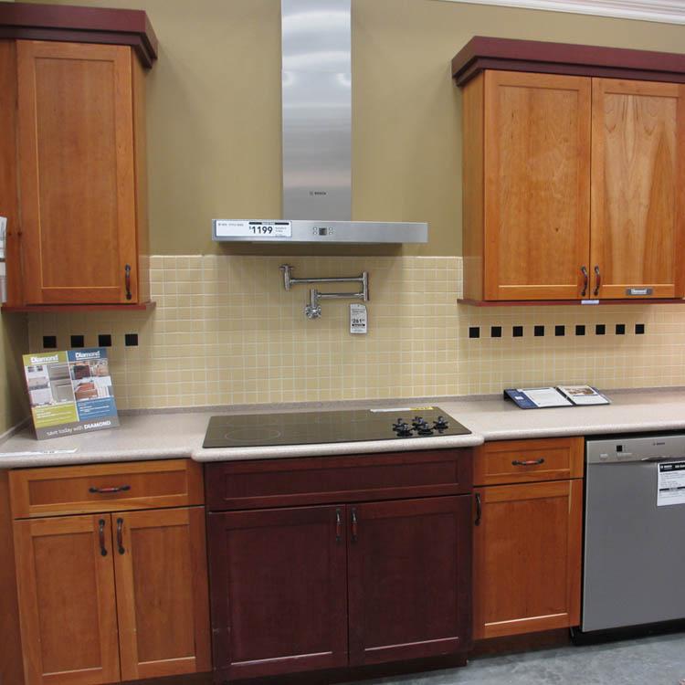 Diamond cabinets lowes for Lowes semi custom bathroom cabinets