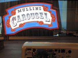 MullinsCarouselSign_2431